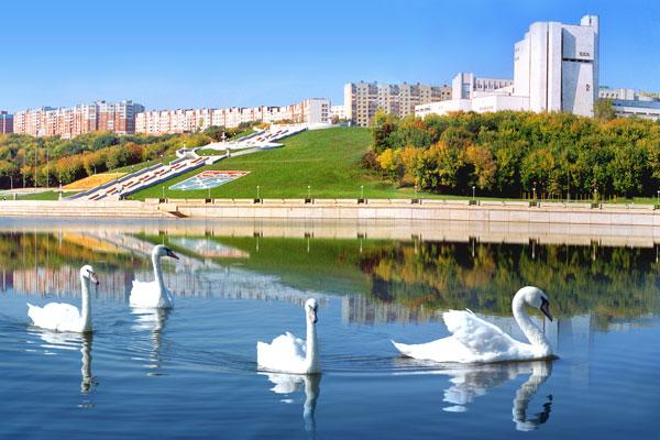 ...города в Московском районе г. Чебоксары впервые в этом году проходят конкурсы на лучшее украшение игровой веранды.