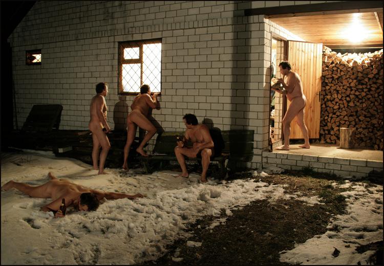 Девка в бане на снегу фото 419-819