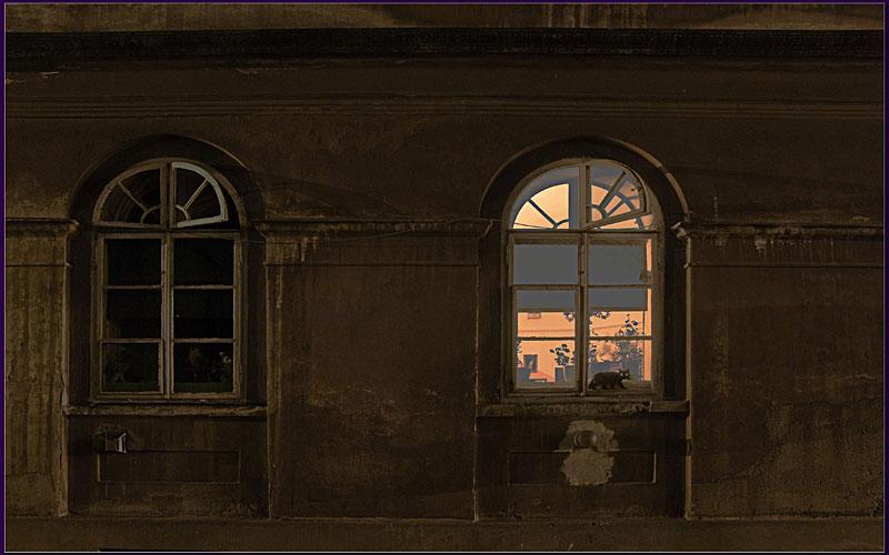 извечный бой фото окон старого дома ночью столько футболе