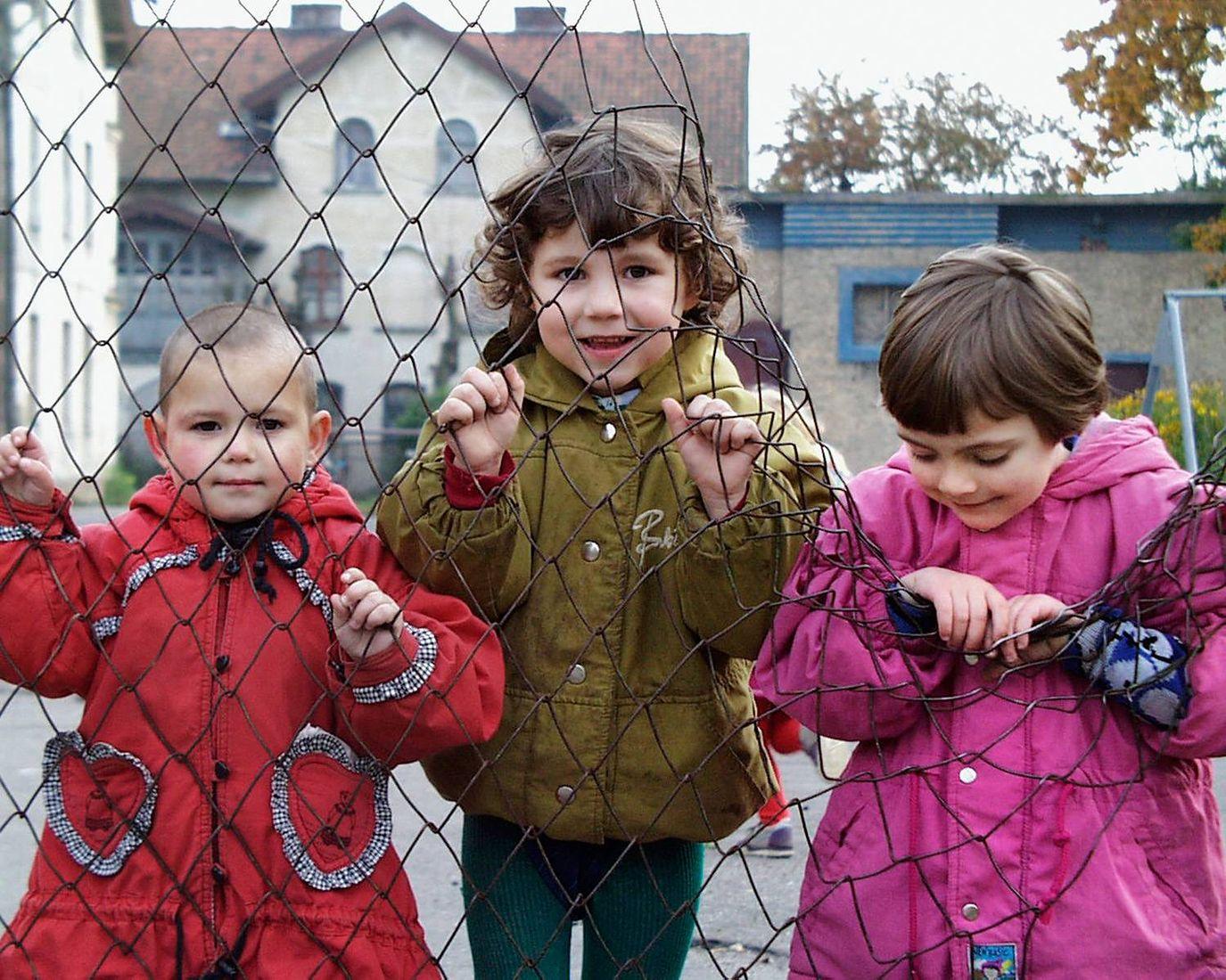 Рисунки, детский дом в картинках
