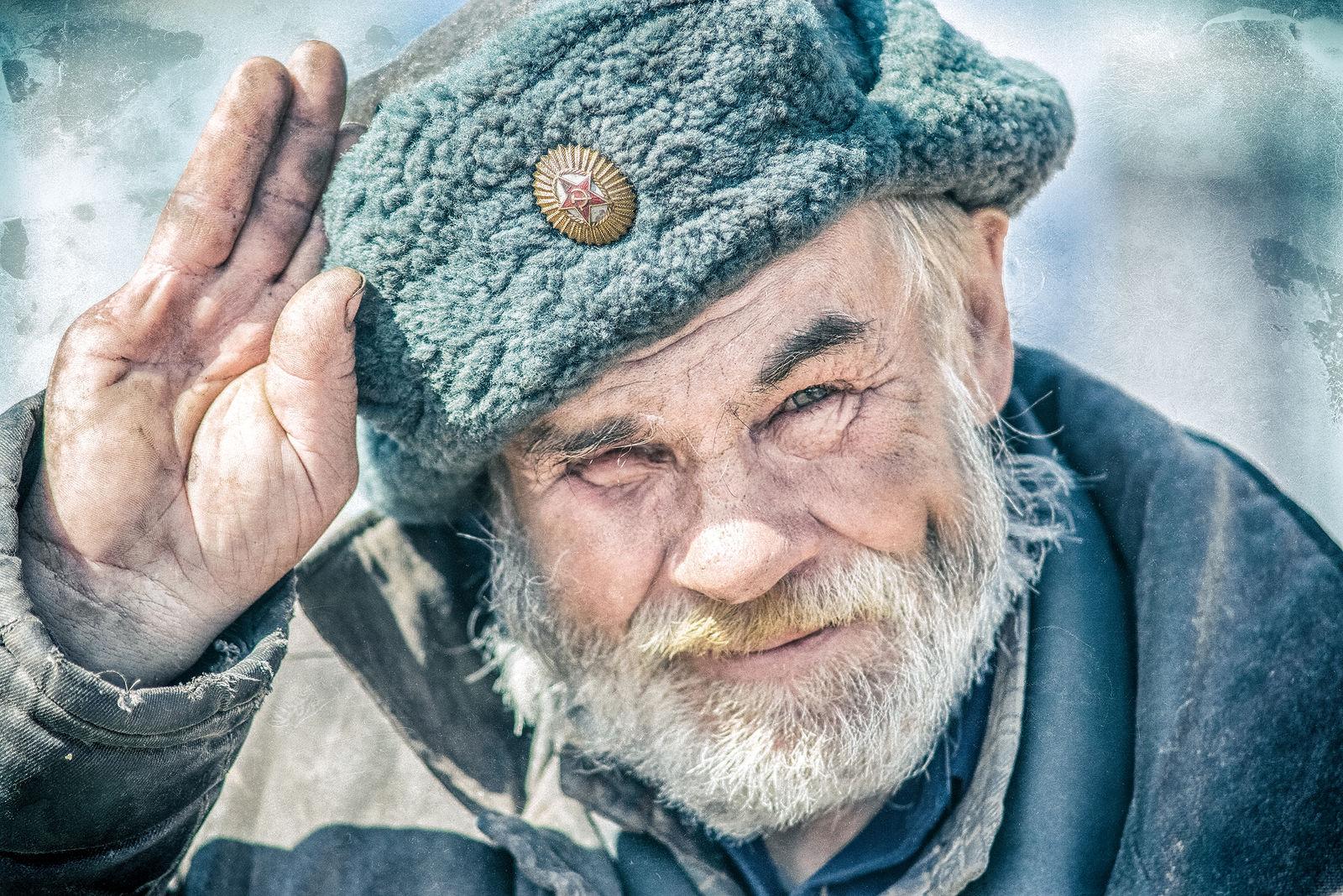 Старенький дед фото 2 фотография