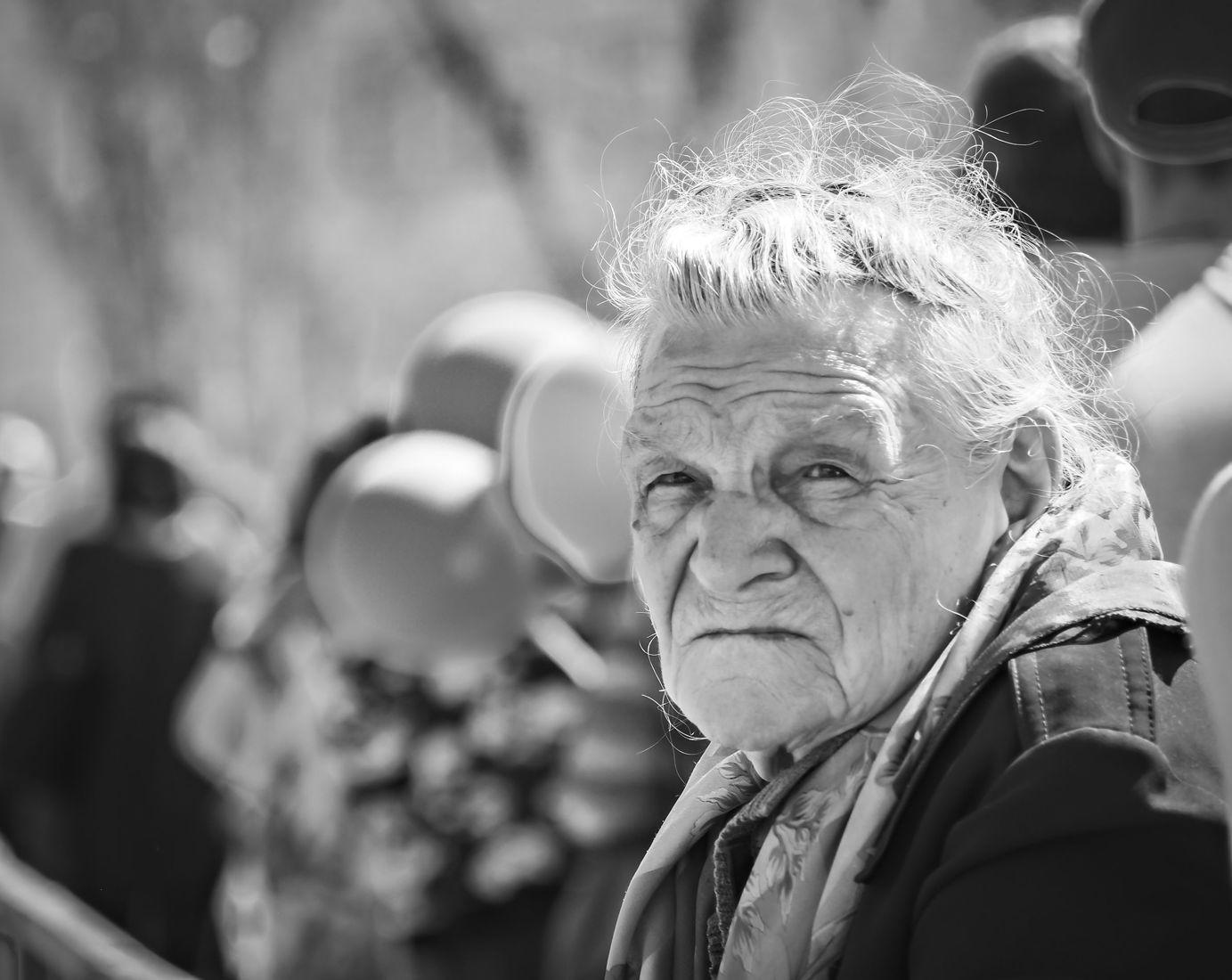 одна картинки стариков пожилых людей первый