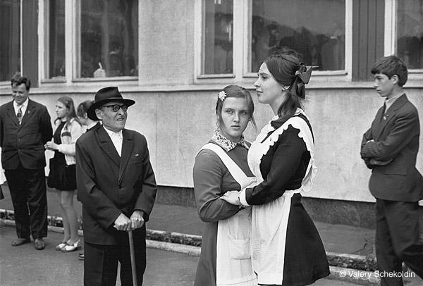 ©Валерий Щеколдин. «Ульяновск. Последний звонок. 1979»
