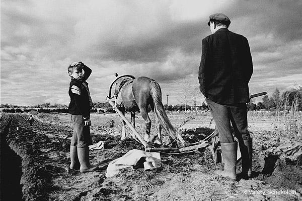 ©Валерий Щеколдин. «с. Медное, Тверская область. 1991»