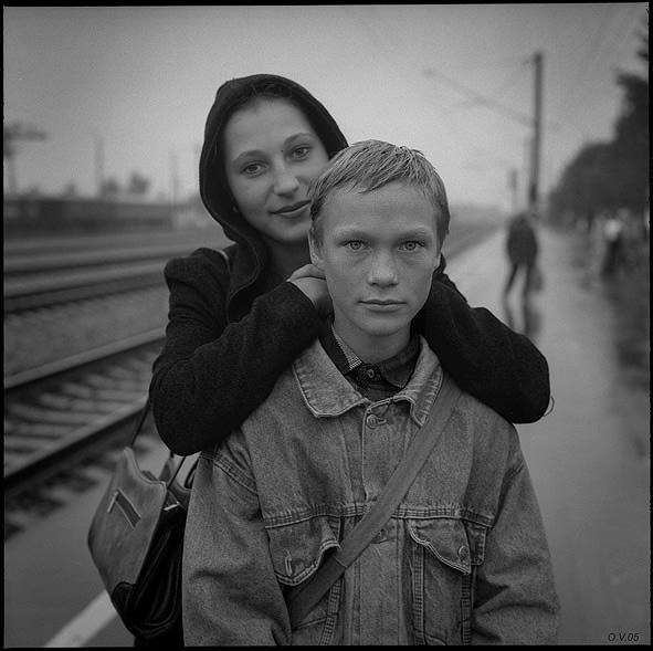 ©Олег Виденин. «Портрет на перроне. Брянская область. 2005 год»