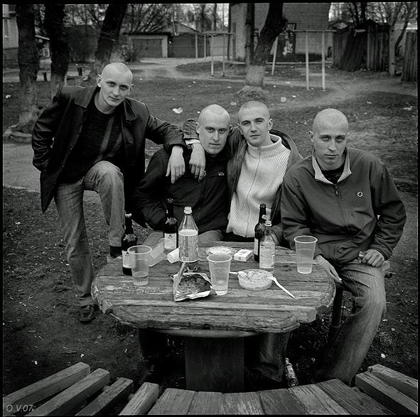 ©Олег Виденин. «Ближний круг. Брянск. 2007 год»