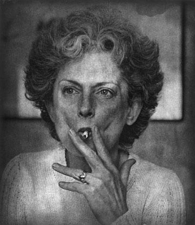©Джим Дайн Мать Ника с сигаретой. 1997 Фотогравюра
