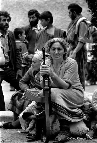 ©Олег Климов. «Армянская женщина. Степанакерт, Карабах 1992»