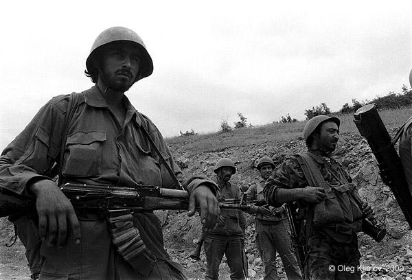 ©Олег Климов. «Перед боем. Карабах, 1990»