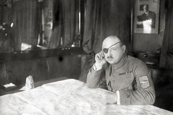 Командующий чехословацкими войсками в России Я. Сыровы. 1919