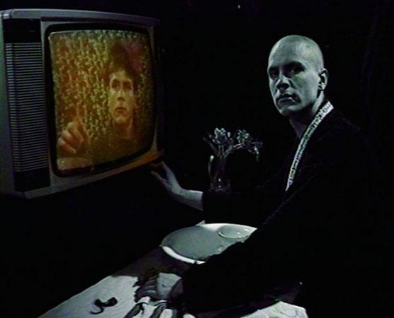 Бьорн Мельхус<br /> Zauberglas/The Magic Glass (тираж: 6 + 2) 1991<br /> видео, DVD, 6 мин.