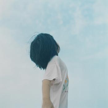 "Rinko Kawauchi (авторство и копирайт) Без названия. Из серии ""UTATANE"", 2001 Изображение принадлежит художнику и FOIL GALLERY, Токио"