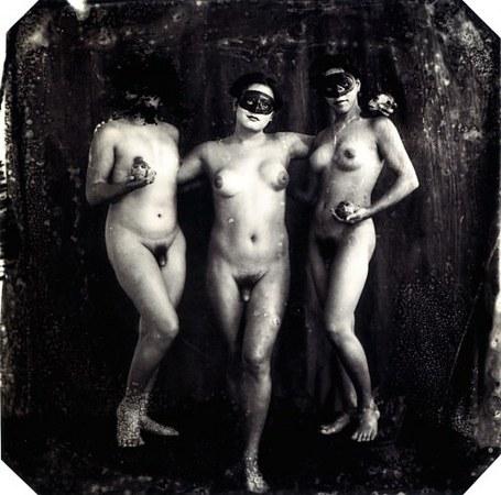 © Joel-Peter Witkin<br /> The Graces, New Mexico, 1988