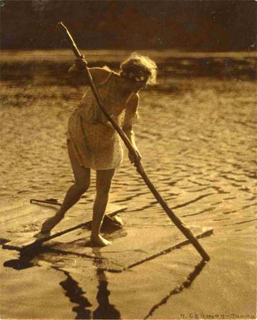Н. Свищов-Паола<br /> «Шалунья на плоту», 1920-е