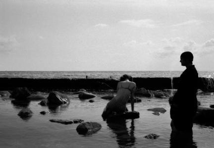 """""""У моря"""". ч/б фото, цветная ретушь. 100x150, 2003"""