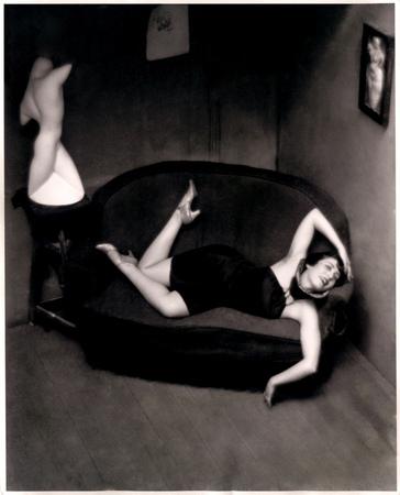 André Kertész [Kertész Andor]: Szatirikus táncosnő, 1926/1967 körül