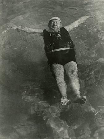 Escher Károly: Bankigazgató fürdik, 1938/1962