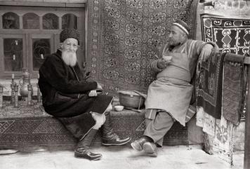 Болтаев Шавкат «Беседа. Бухара», 2002