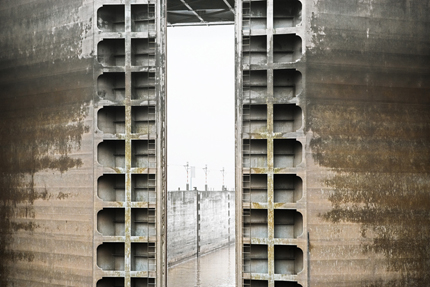 Stephen Wilkes. Three Gorges Dam Lock, Yangtze River in Sandouping, Yichang, Hubei, China, 2008