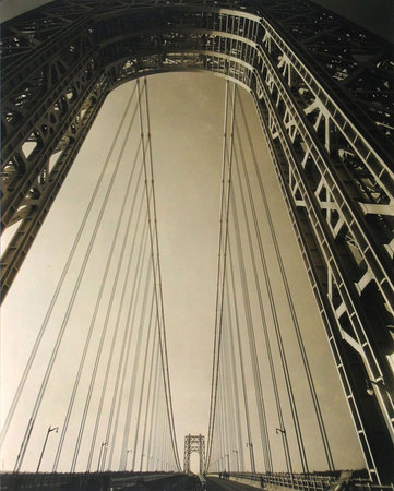 Edward Steichen. George Washington Bridge, New York, 1931. (El puente George Washington, Nueva York). Copia positiva de plata en gelatina. 24,8 x 19,4 cm. Cortesía de The Richard and Jackie Hollander Collection, Los Angeles. © Joanna T. Steichen