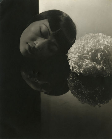 Edward Steichen. Anna May Wong, 1930.