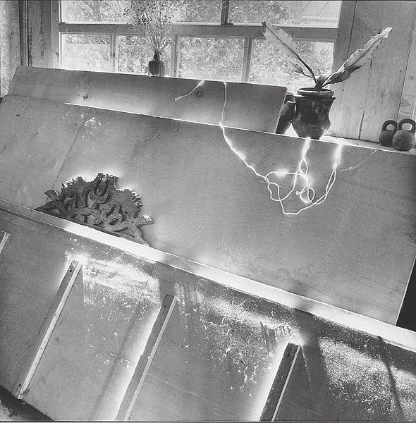 ©Галина Лукьянова. «Натюрморт с голубками. 1997»
