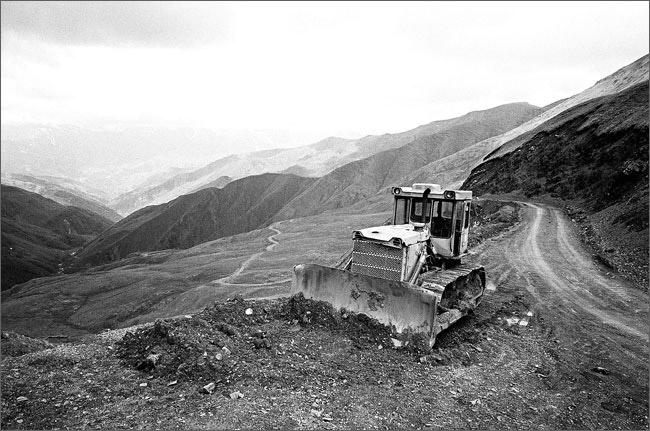 ©Игорь Мухин. «Горный перевал, Грузия. Июнь 2008»