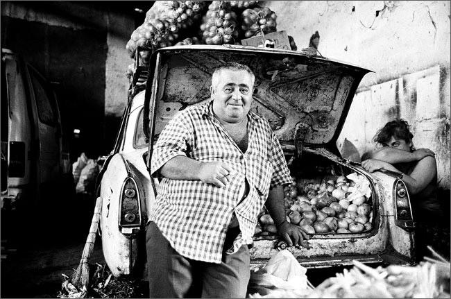 ©Игорь Мухин. «Городской рынок. Тбилиси. Июнь 2008»