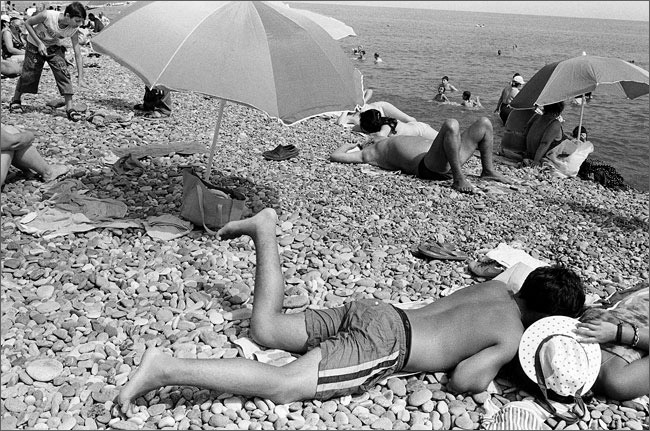 ©Игорь Мухин. «Городской пляж. Батуми. Июль 2008»