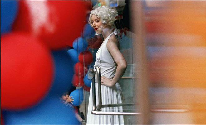 Constantine Manos «Times Square»