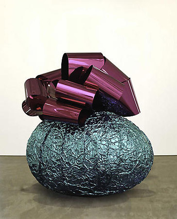 Jeff Koons «Baroque Egg with Bow», 2006