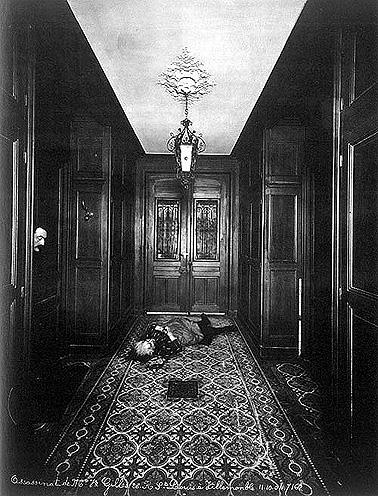 Неизвестный автор. Убийство мадам Жиль, вдовы. Вильмомбль. (Судебная фотография). 1904