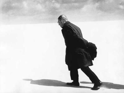 Антанас Суткус &laquo;<nobr>Жан-Поль</nobr> Сартр в&nbsp;Ниде&raquo;, 1965</p>