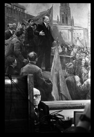 ИЗ СЕРИИ: «ПОСЛЕДНИЙ ДЕНЬ ИЗ ЖИЗНИ АНДРЕЯ САХАРОВА», МОСКВА, КРЕМЛЬ. 15-17 ДЕКАБРЯ 1989
