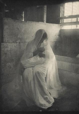<p>The Manger <br /> Kasebier, Gertrude, b<nobr>.1852&mdash;1934</nobr><br /> Camera Notes Vol. 4&nbsp;No.&nbsp;1,&nbsp;1900<br /> 21.1&nbsp;&times;&nbsp;14.8&nbsp;cm<br /> Photogravure</p>