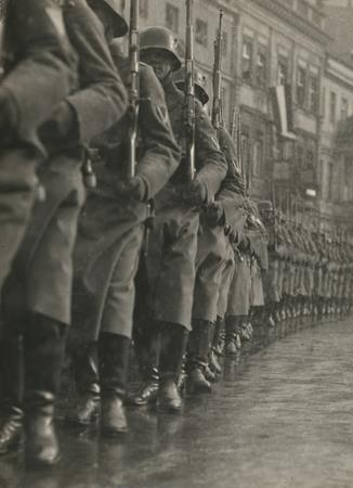 Мартин Мункачи<br /> «День Потсдама». <br /> Выстуление немецкой армии. Потсдам <br /> 21 марта 1933