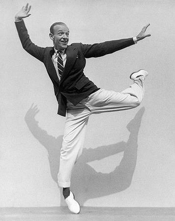 Martin Munkacsi, Fred Astaire on his Toes, 1936, © Joan Munkacsi, Courtesy Sammlung F.C. Gundlach