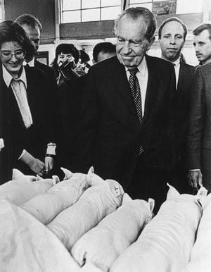 Mikhail Metzel, 1992.
