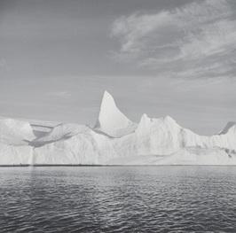 Lynn Davis.  Iceberg XXII, Disko Bay, Greenland. Series: Ice 1988-2007. Gelatin Silver Enlargement Print. 114 x 114 cm. 2007. Greenland