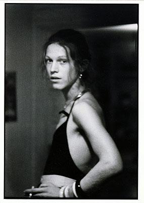Fotografien aus der Sammlung agnès b.  Nan Goldin, David at Grove Street, 1972, © Nan Goldin