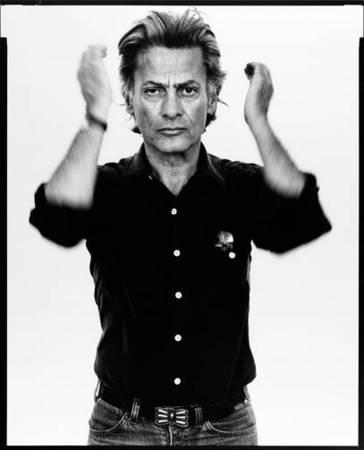 <p>Ричард Аведон Автопортрет 1980<br /> Мартин Гропиус Бау</p>