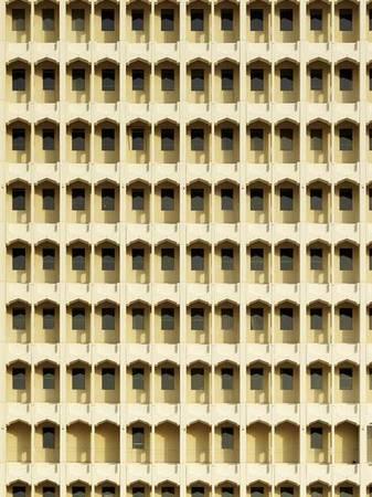 <p>Ханс Георг Эш&nbsp;Дубай Aedes Savignyplatz</p>