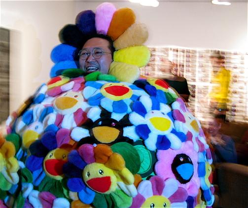 Murakami becomes art… Courtesy: <a href=http://www.supertouchart.com/2008/12/04/wtf-filestakashi-murakami-gets-loose-at-art-basel/>Supertouch</a>