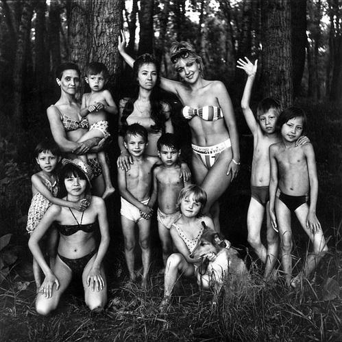 ©Николай Бахарев. «Из цикла «Отношение» № 63, 1991-93. Новокузнецк»