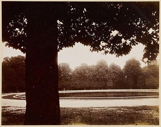 Сен-Клу<br>Эжен Атже [снимок]<br>Беренис Эббот [печать]<br>Франция, 1926 г. Альбуминовый отпечаток