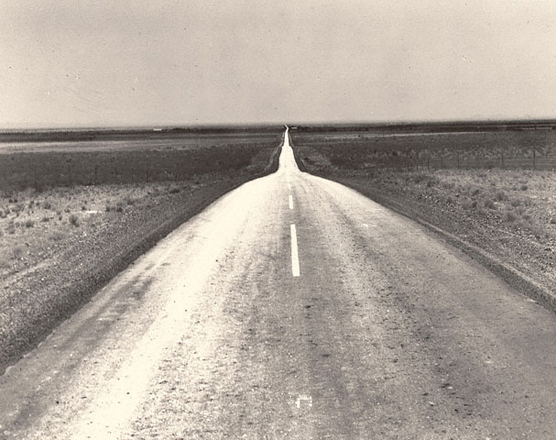 Шоссе на запад<br>Доротея Ланг<br>США, 1938 г. Желатиновая галогено-серебрянная печать