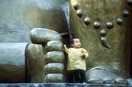 Сергей Бурасовский<br /> Маленький Будда. Китай <br /> 1995