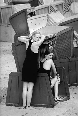 Сибилле Бергеман. Мариза и Лиане, Зеллин, 1981<br /> Sibylle Bergemann. Marisa and Liane, Sellin, 1981