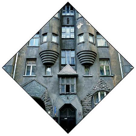 <p>Рига, ул.Алберта, 11.Доходный дом Ниедри. Архитектор— Эйжен Лаубе. 1908.</p>