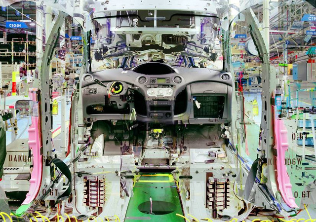Melting Point, Toyota #9 (2007). Stйphane Couturier Fotografнa. Cortesнa: Galerie Polaris, Parнs